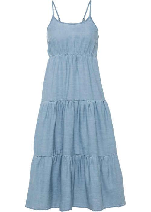 dlouhé šaty v modrém provedení