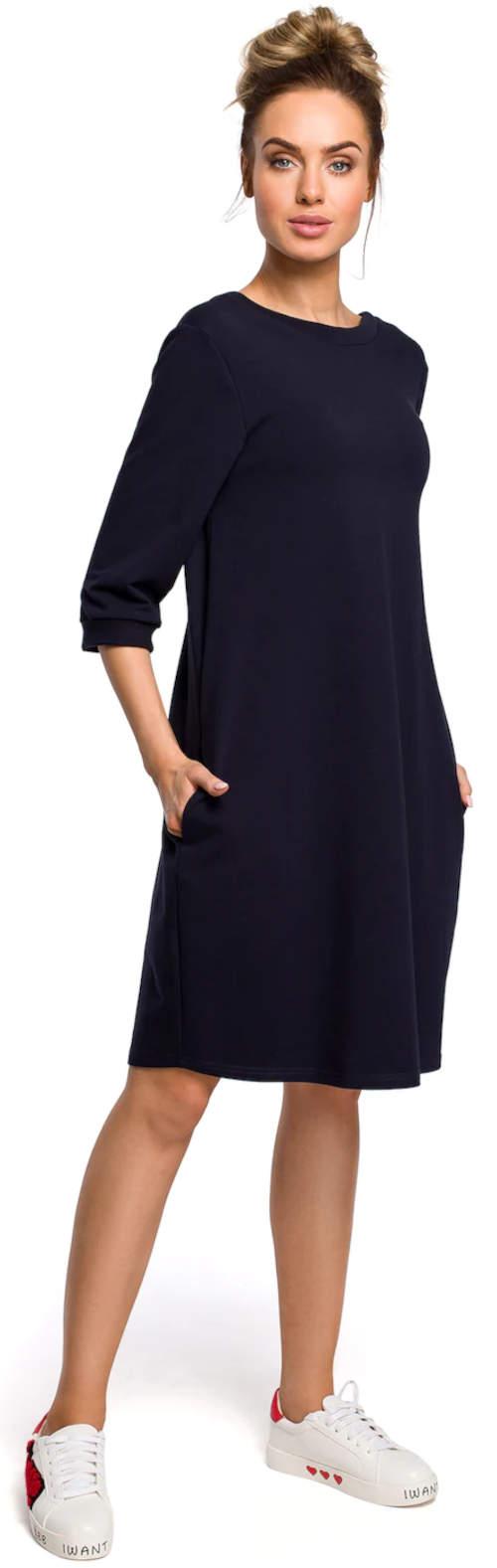 Jednoduché dámské šaty s dvěma bočními kapsami