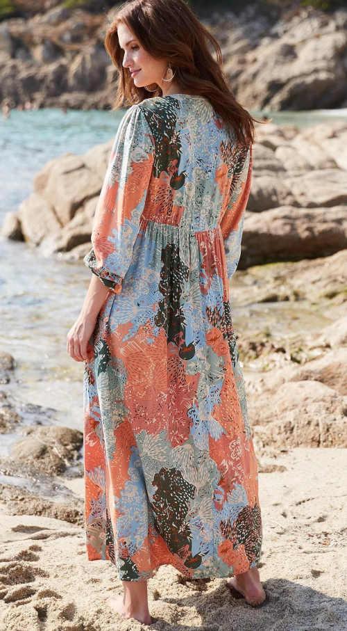 maxi šaty v luxusním provedení