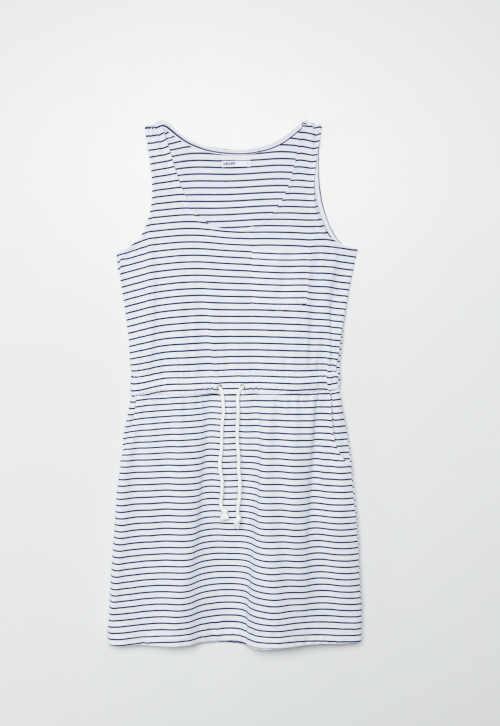 šaty na ramínka s páskem