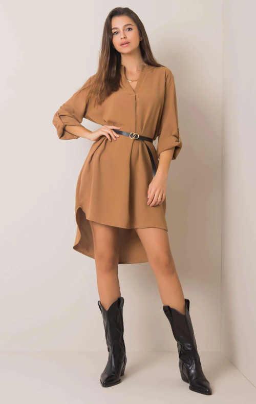 šaty s páskem s prodlouženým zadním dílem