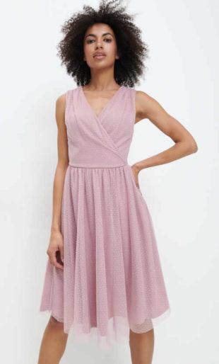 Elegantní šaty v pastelové růžové s hedvábnou podšívkou
