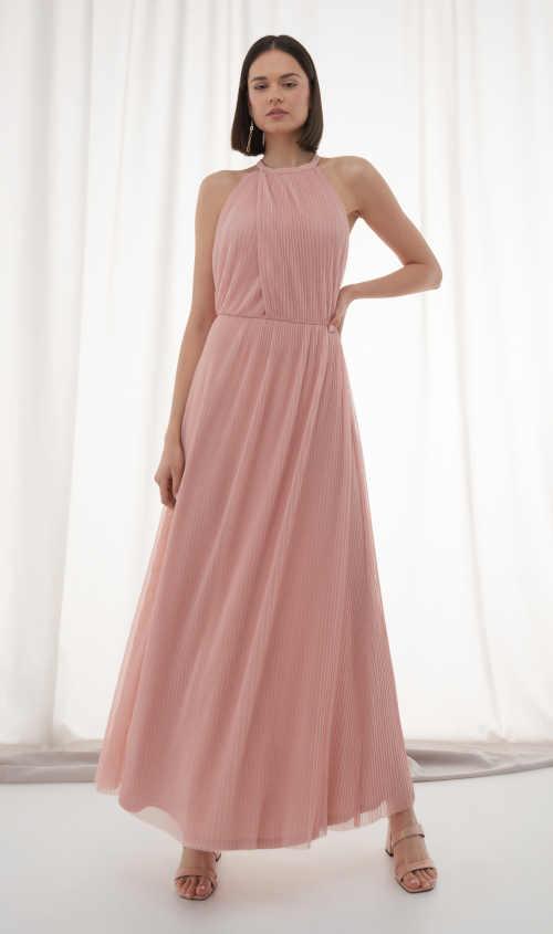 Elegantní šaty v růžovém provedení v rafinovaném střihu