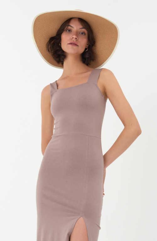 moderní midi šaty na ramínka