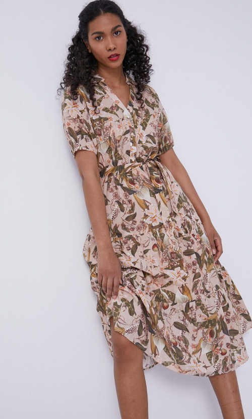 moderní šaty do áčka
