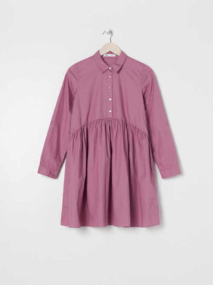 Bavlněné šaty s límečkem a řasením v komfortním střihu
