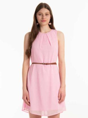 Šifónové šaty bez rukávů v krátké délce zdobené páskem