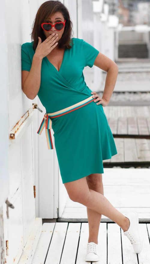 zelené krátké dámské šaty