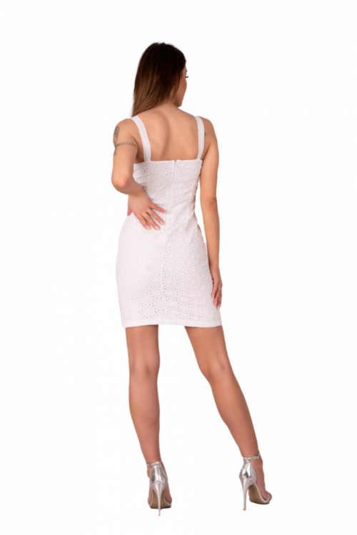 bílé šaty na širší ramínka