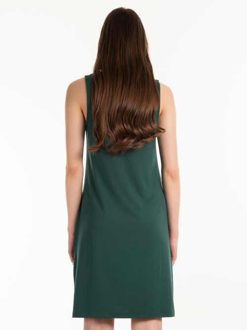 moderní šaty na ramínka
