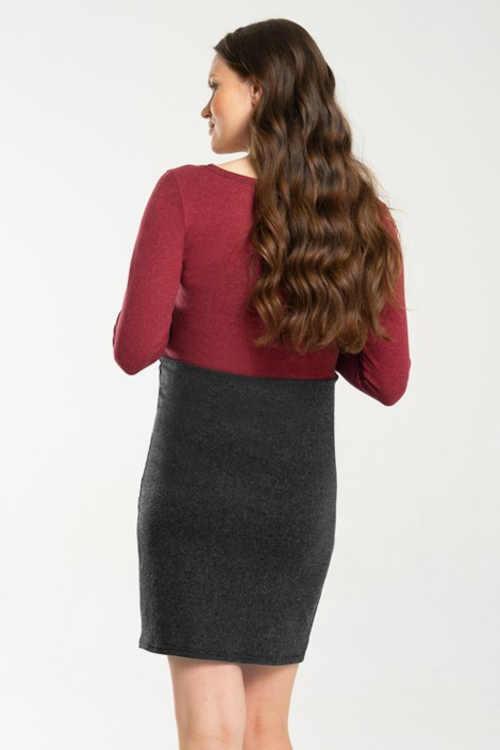 moderní těhotenské šaty nad kolena