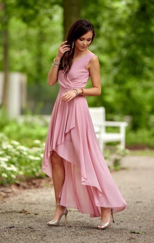 růžové společenské dámské šaty